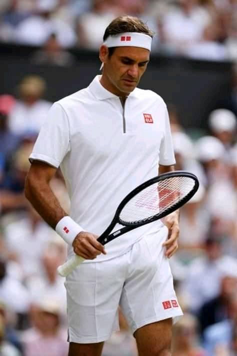 Roger Federer lors de la demi-finale de Wimbledon contre Rafael Nadal