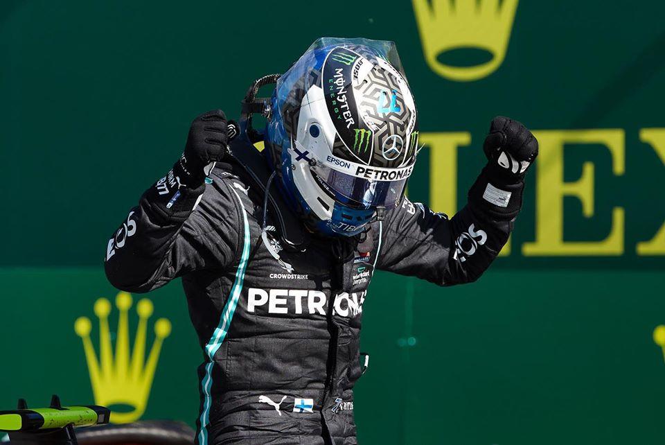 Le Finlandais Valtteri Bottas (Mercedes) célébrant sa victoire au GP d'Autriche, le dimanche 5 juillet 2020.