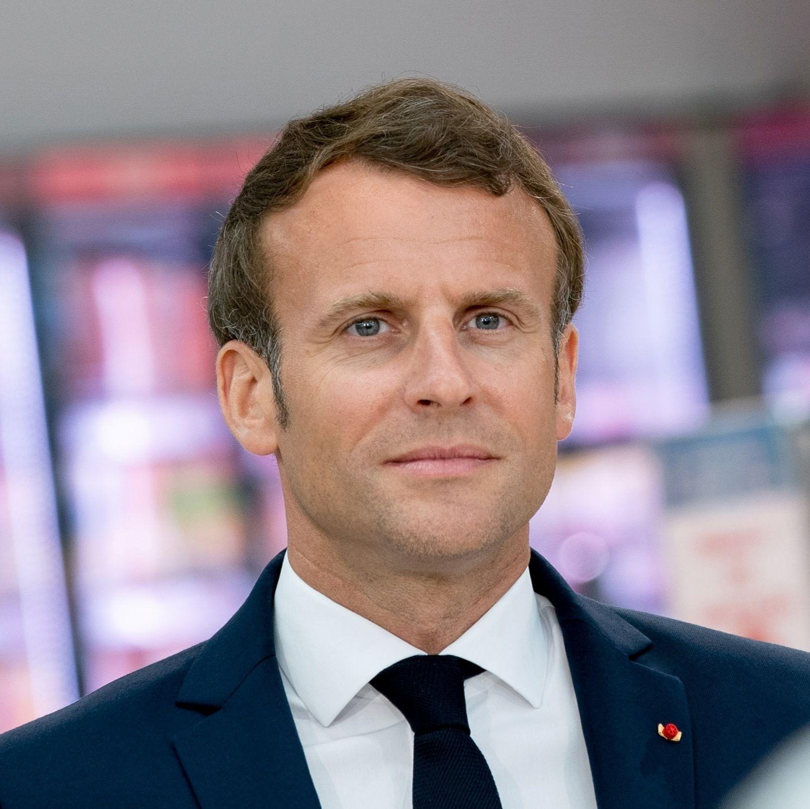 Emmanuel Macron a rendu hommage, mercredi soir, à Samuel Paty, professeur d'Histoire-géographie assassiné vendredi dernier pour avoir montré une caricature de Mahomet en classe.